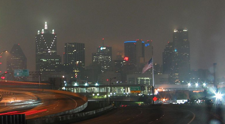 Picture of Dallas at night